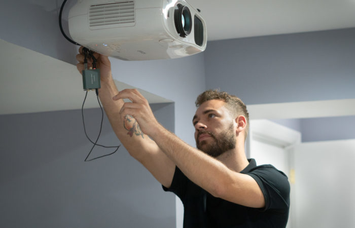 Instaling projector on wall